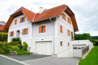 63178_Haus mit großer Garagenfläche zu verkaufen!